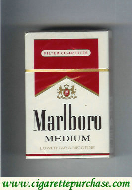 Marlboro Medium cigarettes hard box